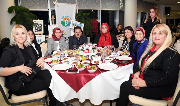 Başkan Yazıcı ve Eşi, Tuzlalı Kanaat Önderi Kadınlarla Buluştu